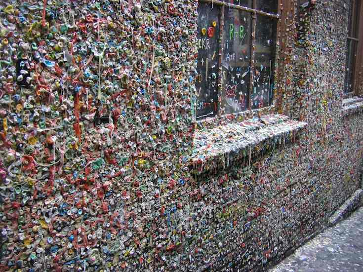 Unusual Tourist Attractions: gum wall near Pike Place Market in Seattle