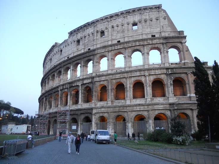 8 Great Scenes of the Coliseum in Rome, Italy (Colosseum ...