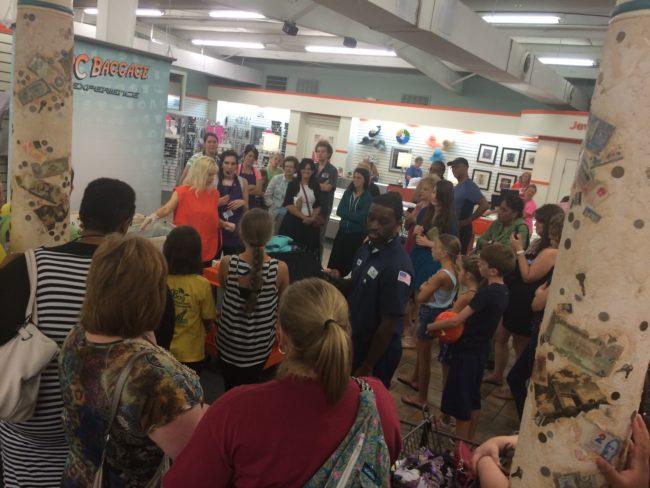 unclaimed baggage center demonstration