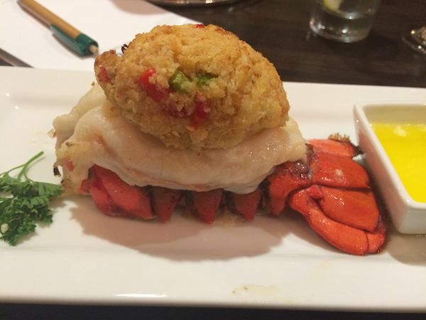 Camelback Lodge: lobster tail