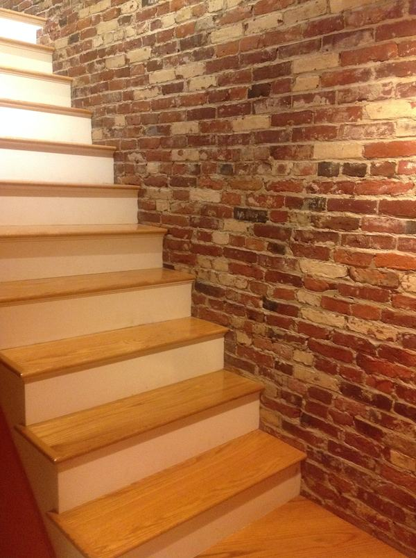 Airbnb, Boston, staircase