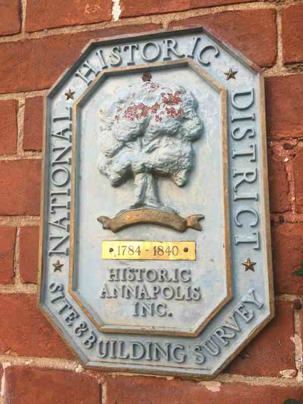 Annapolis historic district marker