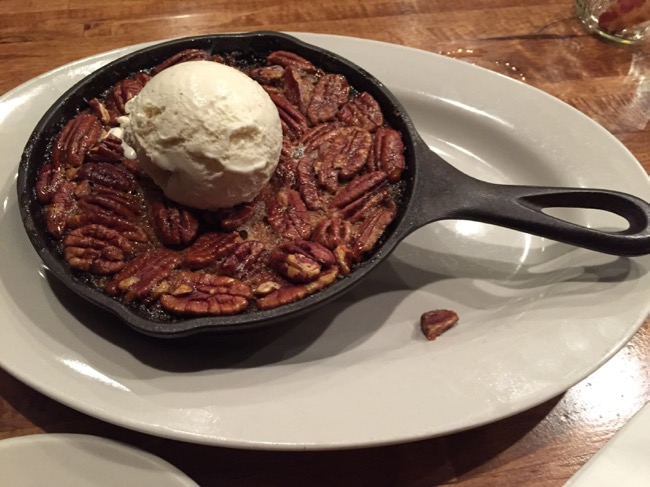 5 fun places to eat in Annapolis: Iron Rooster dessert