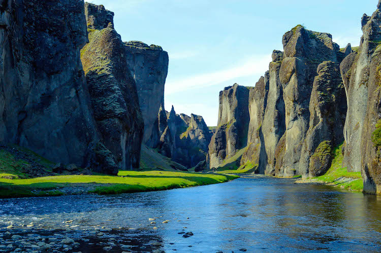 iceland photo canyon