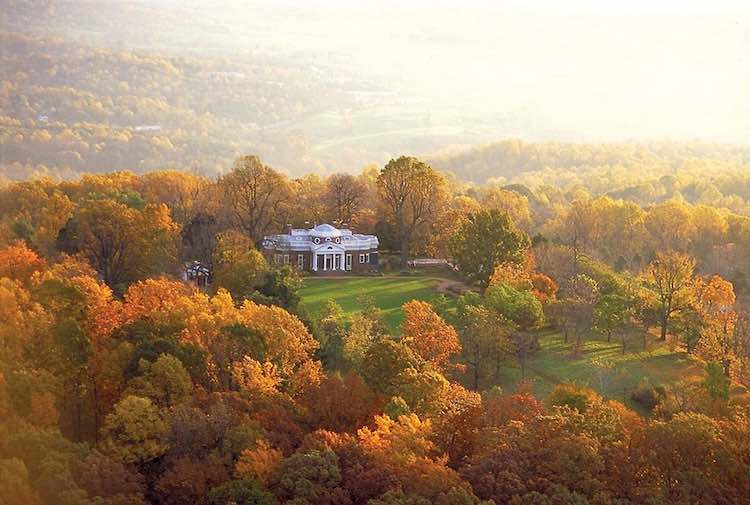 5 fantastic fall foliage photos: Monticello in Charlottesville.