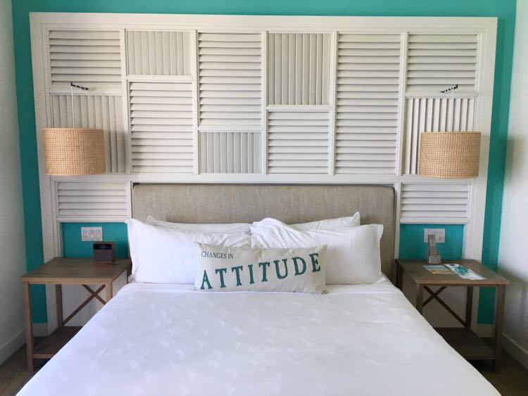 Relaxed Luxury Resorts in Florida: Margaritaville Hollywood Beach Resort: clean and comfortable bed