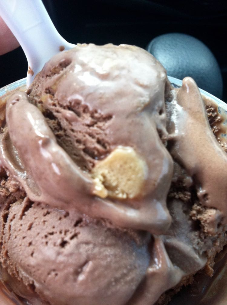 Great Ice Cream Places in US to Cool Off. Article by Charles McCool for McCool Travel.