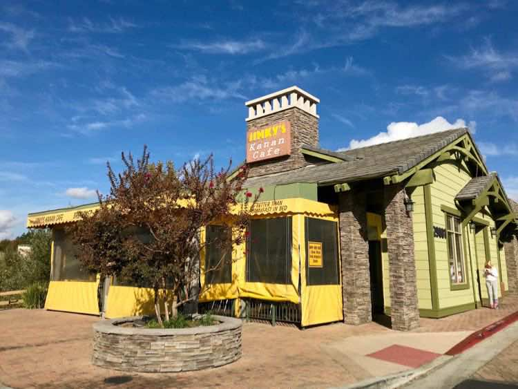 Jinky's Kanan Cafe. Places to eat in Conejo Valley California. Article by Charles McCool for McCool Travel. Photo by Julie McCool.
